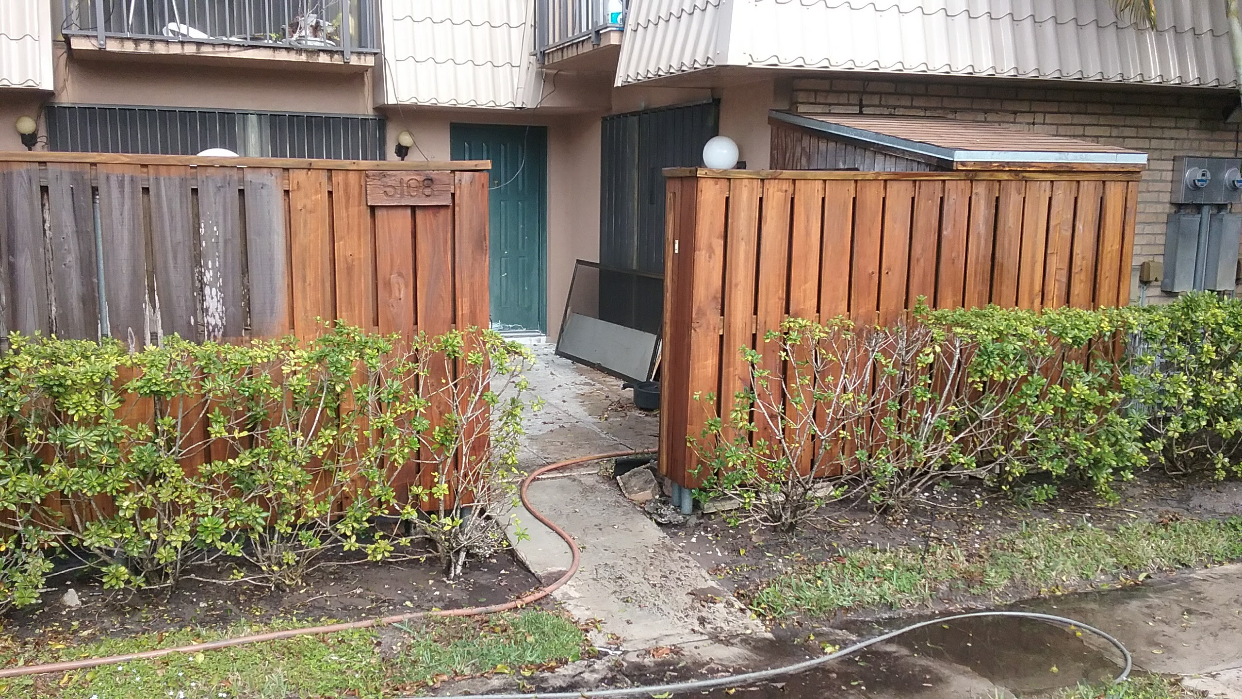 Wood Fence3